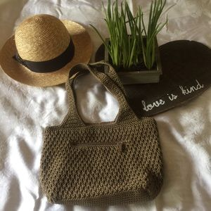 The SAK ,NWOT Medium bucket tote bag